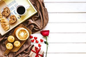 Фото День святого Валентина Блины Кофе Шаблон поздравительной открытки Сердца Пища