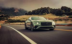 Картинка Бентли Зеленые Движение 2019 Continental GT V8 машина