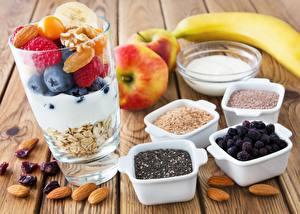 Обои Ягоды Овсяная Орехи Стакане Здоровое питание Завтрак