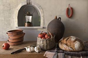 Картинки Хлеб Помидоры Чеснок Колбаса Натюрморт Фонари Корзина