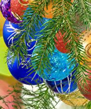 Обои для рабочего стола Рождество Ветки Шарики