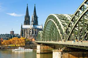 Обои для рабочего стола Кёльн Германия Река Мост Собор Речные суда Cologne Cathedral, Rhine Города