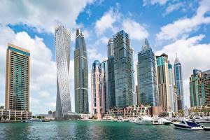 Картинка Дубай ОАЭ Небоскребы Катера Дома Dubai Marina