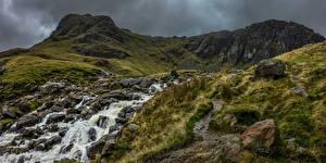 Обои для рабочего стола Англия Гора Камни Реки Lake District Природа
