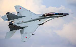 Обои Самолеты Истребители МиГ-35 Полет Российские