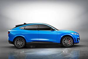 Картинки Форд Голубая Металлик Сбоку CUV Mustang Mach-E GT, China, 2021 Автомобили