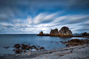 Картинка Франция Берег Камни Скалы Облако Bretagne Природа