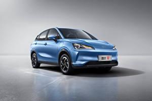 Обои CUV Голубых Металлик Китайский Hozon Neta V, 2020 автомобиль