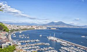 Обои Причалы Яхта Катера Италия Залива Горизонта Naples, Campaign, Bay Naples Города