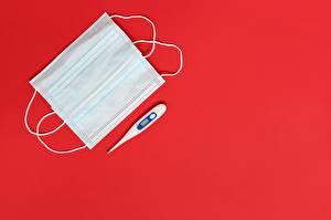 Картинки Маски Коронавирус Термометр Красный фон Шаблон поздравительной открытки