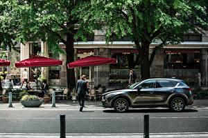 Картинка Mazda Серый Металлик Сбоку 2019 CX-5 Signature авто