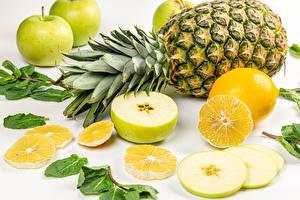 Картинки Ананасы Яблоки Лимоны Белым фоном Продукты питания