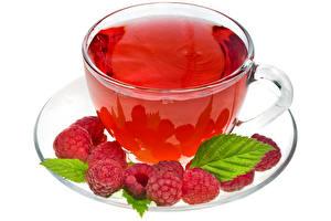 Картинки Малина Чай Чашке Блюдца Белом фоне Пища