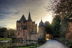 Фото Дороги Озеро Замки Германия Satzvey Castle, North Rhine-Westphalia Города