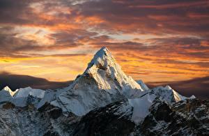 Картинка Рассветы и закаты Гора Снегу Everest, Nepal, Himalayas