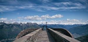 Картинка Швейцария Гора Церковь Альпы Облака Крестов Corte di Sopra