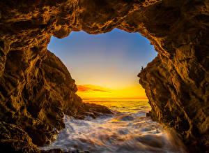 Картинки США Океан Рассвет и закат Калифорнии Скала El Matador Beach