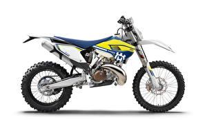 Обои для рабочего стола Белым фоном Сбоку 2016-21 Husqvarna TE 250 Мотоциклы