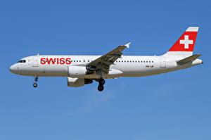 Фото Эйрбас Самолеты Пассажирские Самолеты Сбоку A320-200, SWISS