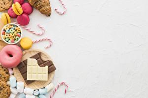 Картинки Шоколадная плитка Сладости Пончики Леденцы Шаблон поздравительной открытки Маршмэллоу Продукты питания
