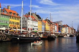 Картинка Дания Копенгаген Корабли Лодки Дома Водный канал город