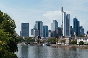 Фото Франкфурт-на-Майне Германия Небоскребы Реки Мост Речные суда Mein, Hesse Города