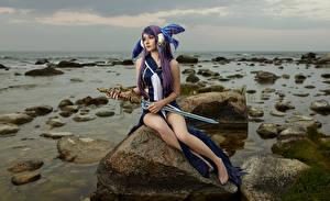 Фото Михаил Давыдов фотограф Камень Сидит Меч Косплей Little Mermaid Девушки Фэнтези Игры