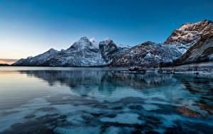 Фотография Норвегия Лофотенские острова Гора Берег Raftsundet Природа