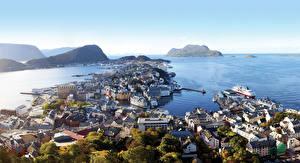 Фото Норвегия Море Побережье Корабли Причалы Горизонта Города