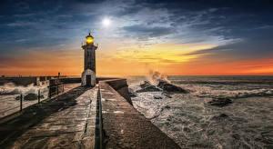 Фото Португалия Побережье Маяки Вечер Волны Порту Природа