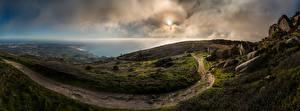 Обои для рабочего стола Португалия Берег Океан Панорама Камень Облако Тропинка Природа