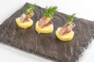 Фотографии Картошка Рыба Укроп Трое 3 Еда
