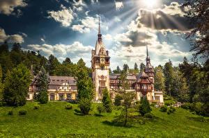 Фотографии Румыния Замок Облачно Башня Солнца Peleș Castle