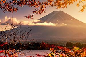 Фото Очень страшное кино Япония Фудзияма Вулкан Природа