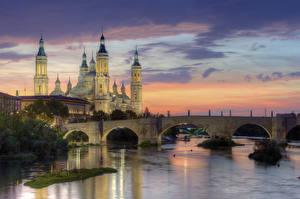 Фотография Испания Рассвет и закат Храм Реки Мосты Вечер Zaragoza, Ebro river, Basílica de Nuestra Señora del Pilar Города