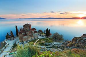 Фото Рассвет и закат Церковь Озеро Горизонт Сверху St. john's Church, North Macedonia, Lake Ohrid Природа
