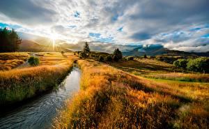 Картинка Рассветы и закаты Пейзаж HDRI Ручей Траве Холмы Природа