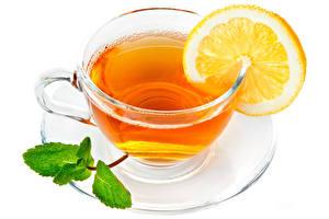 Обои для рабочего стола Чай Лимоны Чашка Блюдца Белом фоне Еда