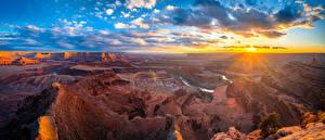 Фотографии США Парки Рассветы и закаты Панорамная Пейзаж Скалы Облако Каньона Солнца Dead Horse Point State Park, Utah Природа