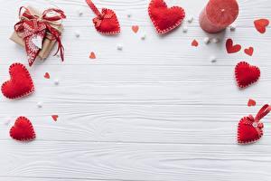 Фотографии День всех влюблённых Свечи Шаблон поздравительной открытки Сердечко