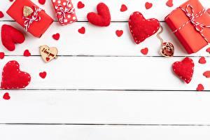 Картинки День всех влюблённых Шаблон поздравительной открытки Сердечко Доски