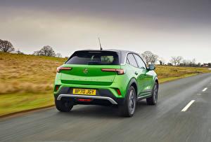 Картинка Vauxhall Дороги Кроссовер Зеленые Металлик Едет Mokka-e, 2021 авто