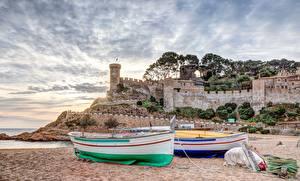 Обои Лодки Крепость Рассвет и закат Испания Пляжа Tossa de Mar, Girona, Catalonia город