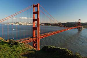 Обои Мост Штаты Калифорнии Сан-Франциско Трава Залив Golden Gate Bridge Города