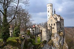 Фотографии Замок Мост Германия Деревья Скала Башня Lichtenstein Castle, Baden-Württemberg, Honau город