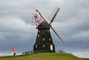 Обои Дания Холмы Мельницы Флаг Langeland