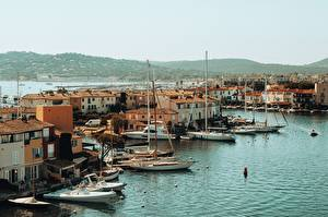 Фото Франция Берег Здания Лодки Grimaud, Provence, Var department, arrondissement Draguignan, canton Saint-Maxime