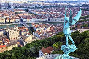 Картинки Франция Дома Скульптуры Ангел Сверху Крылья Lyon город