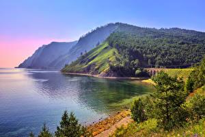 Обои Озеро Побережье Леса Горы Россия Холм Lake Baikal, Eastern Siberia