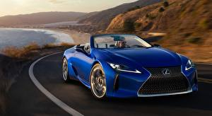 Обои Лексус Синих Спереди Едет Кабриолета LC 500. Convertible, US-spec, 2020 машины